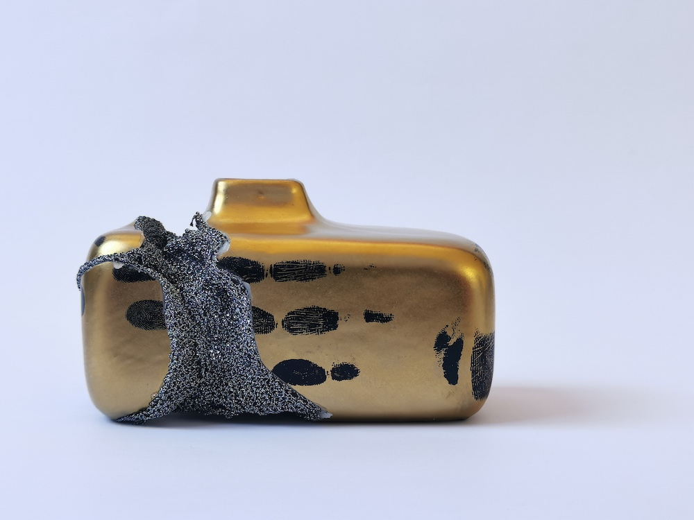Shape of Attachment : Golden Vase 3