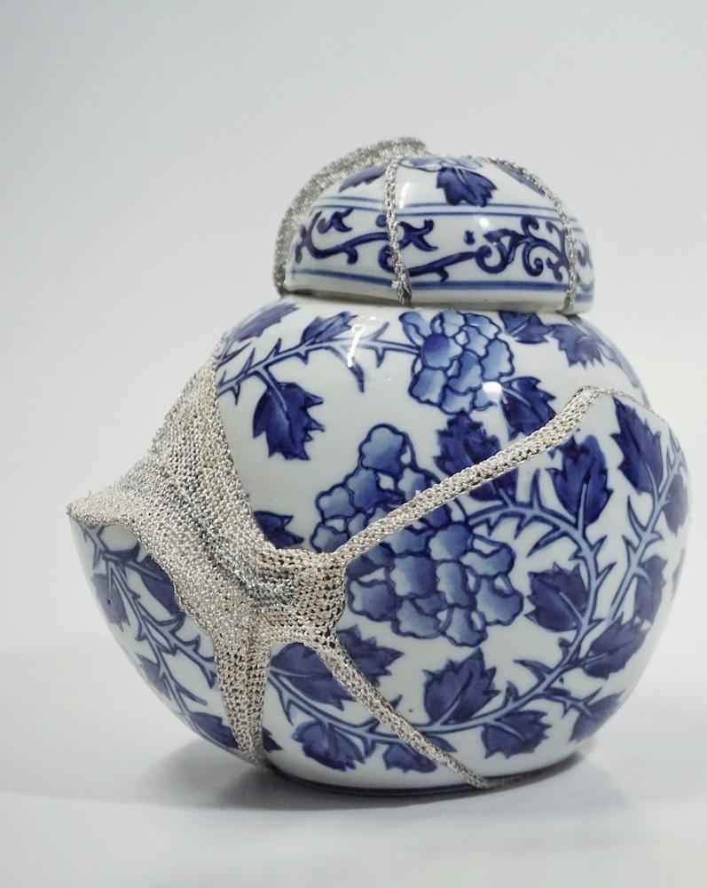 Shape of Attachment : Porcelain Vase 3