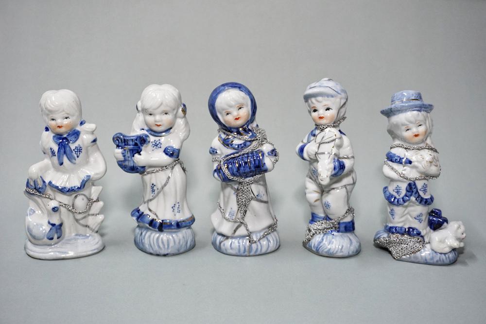 The Fragile Objects : Ceramic Porcelain Dolls