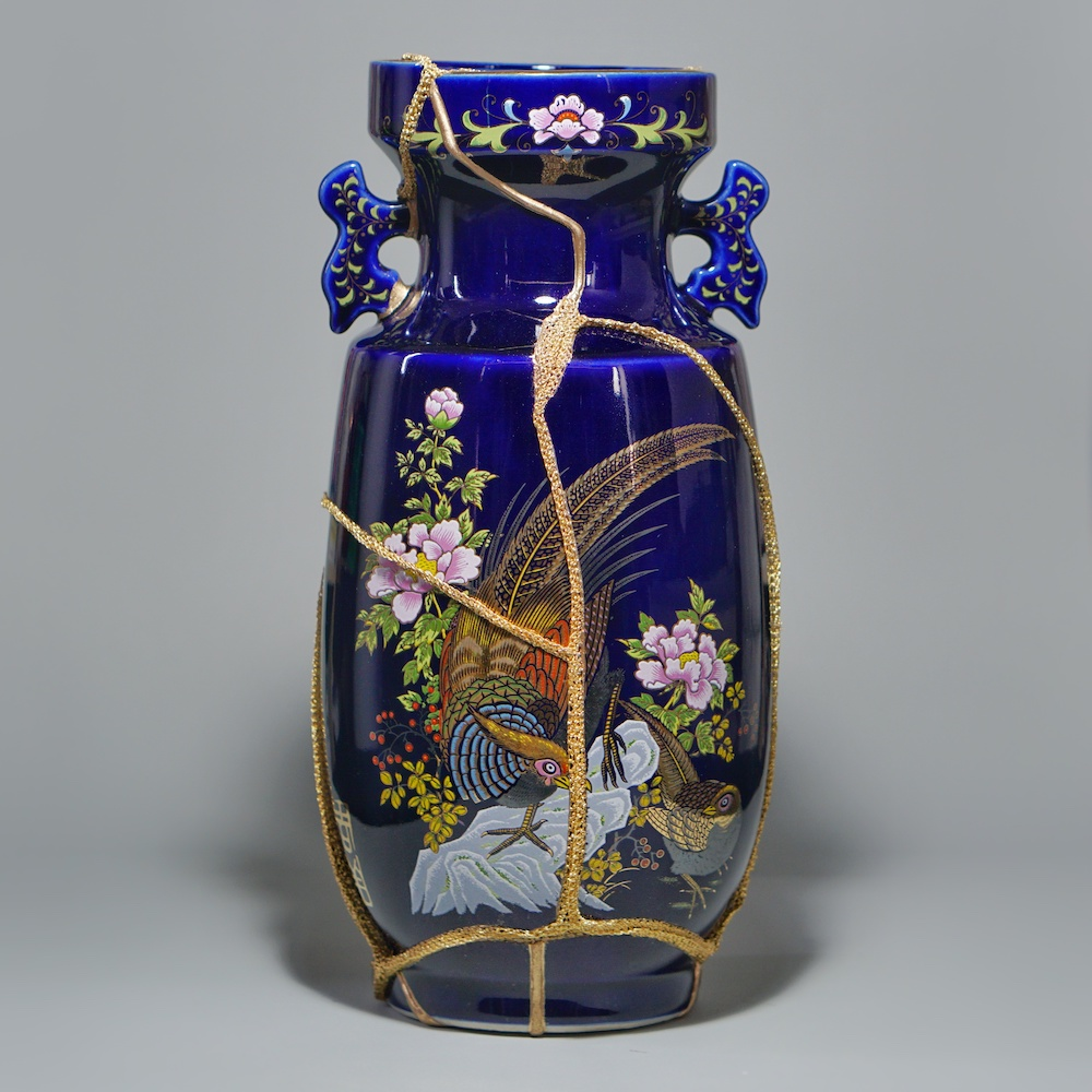 The Fragile Objects : Dark Blue Vase