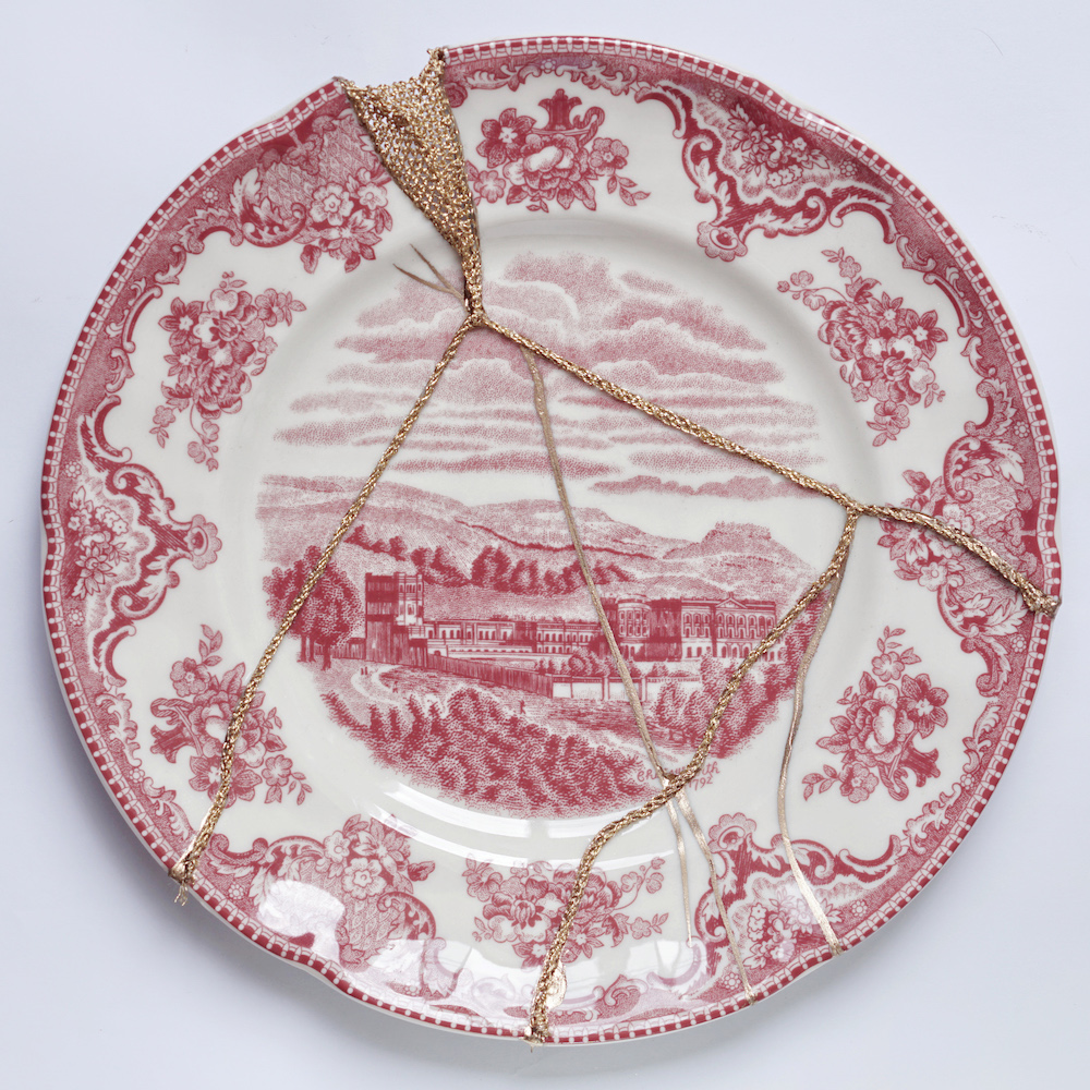 The Fragile Objects : Red Plate No.2 (Old Britain Castles, Blarney Castle in 1792)